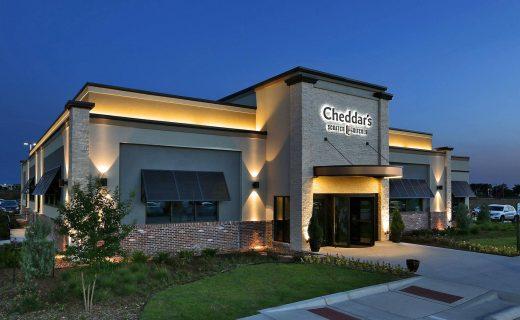 Cheddars East Wichita Night Exterior